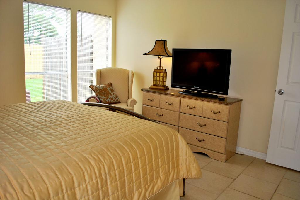 1st-bedroom-3