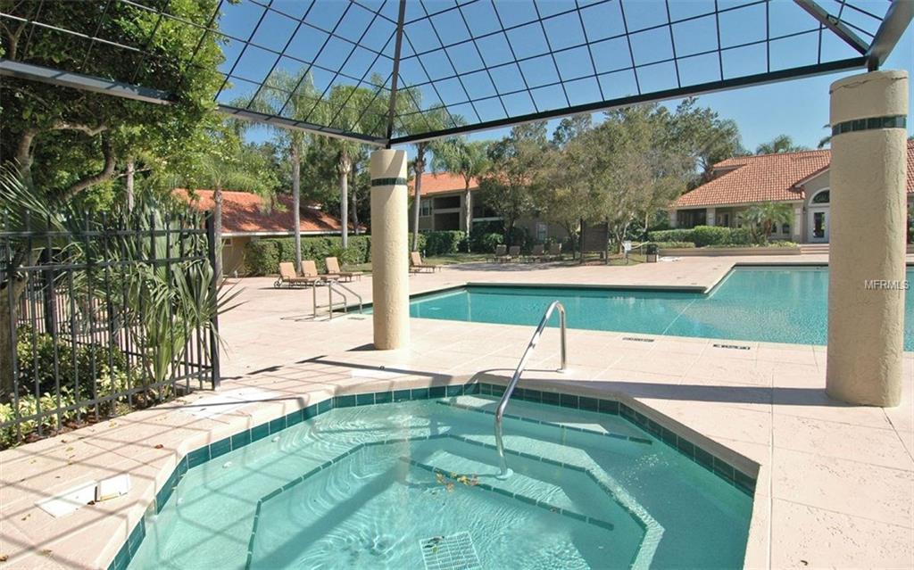 Pools - Vintage Grand