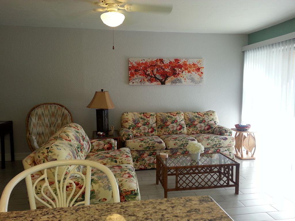 livingroom Sienna Park 1br 1ba vacation rental